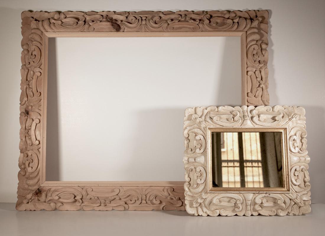 Specchi normali o anticati incorniciati su misura